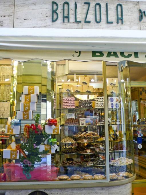 Alassio的巴尔佐拉酥皮糕点商店,吴维端拍摄