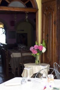蒙帕赛诺当地餐厅