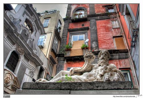 伊尔尼诺,那不勒斯 (Napoli)
