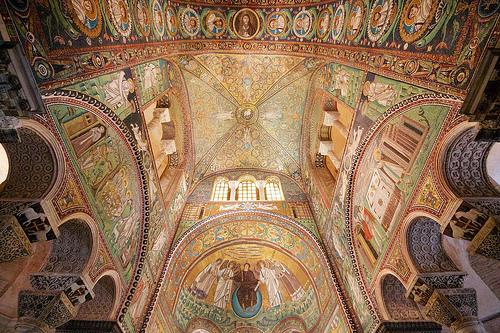 拉文纳(Ravenna)的San Vitale内部,Nick Thompson拍摄