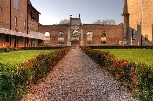 菲拉拉(Ferrara)的Palazzo dei Diamanti ,Romeo de Gennaro拍摄