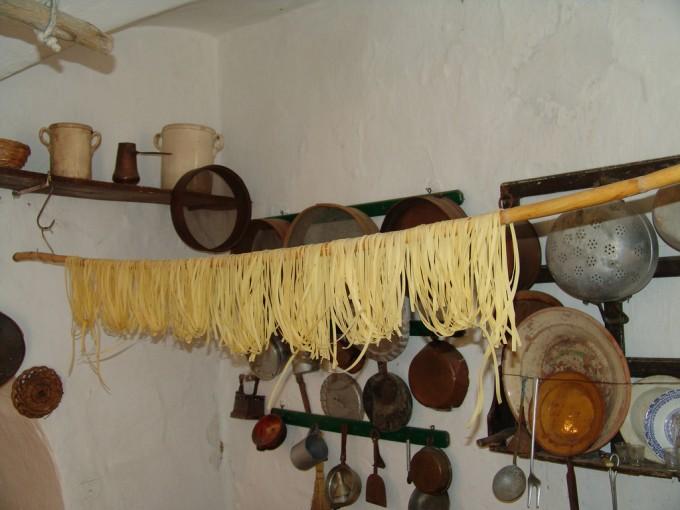 Basilicata的传统厨房,Basilicata Turistica拍摄