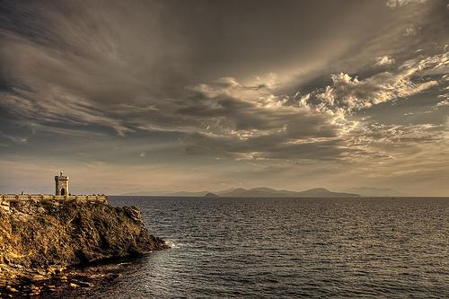 Elba岛的灯塔,Giuseppe Moscato拍摄