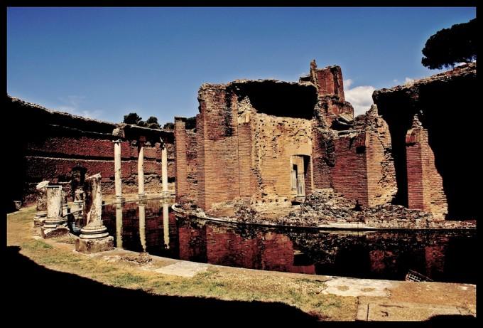 Villa Adriana的剧场,Adriano Amalfi拍摄