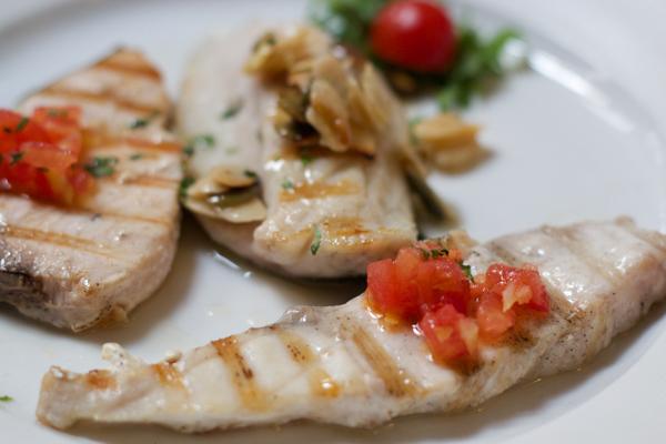 烧烤混合鱼类