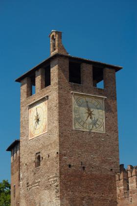 城堡的钟楼