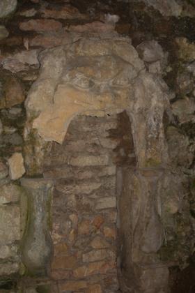 洞穴内部的标志
