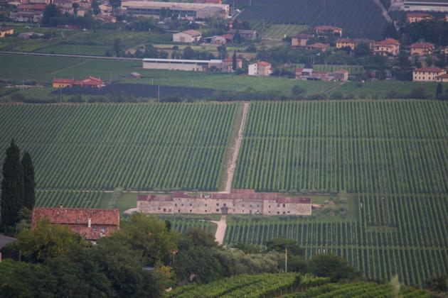 瓦尔波利切拉的一处庄园