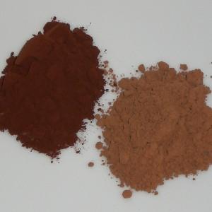 可可粉:荷兰法处理(左)和原味(右),Seleensturm拍摄
