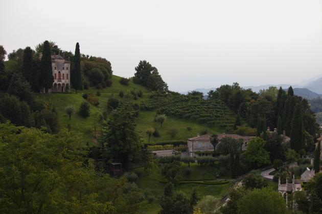 从ASOLO的VILLA CIPRIANI别墅看出去的风景