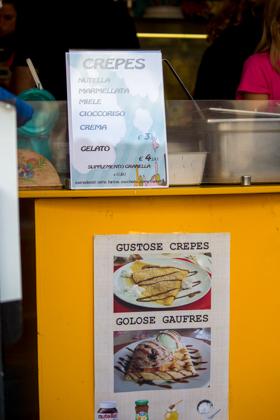 一家好的GELATERIA通常不提供很多选择—华夫饼、脆皮、蛋卷、提前制作的冰淇淋三明治等