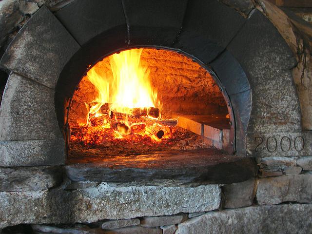 披萨烤炉,BOB TRAVIS拍摄