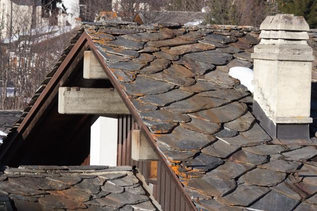 TEGOLE,名字起源是由于他们使用的当地具有特色的屋顶瓦片