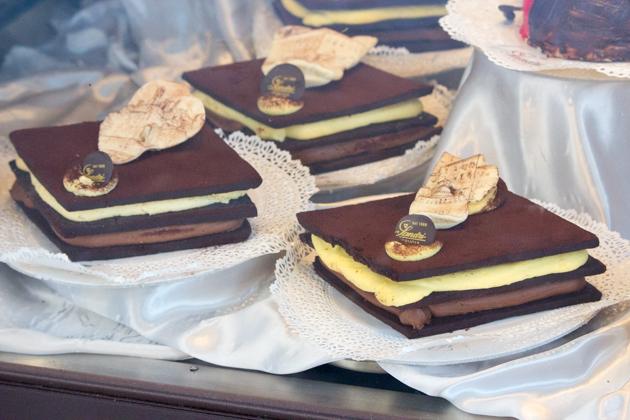ANTICA PERUGIA (牛奶和白巧克力奶油夹心巧克力饼干)