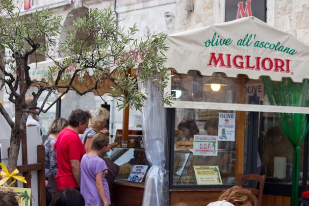MIGLIORI, OLIVE ASCOLANE非常有名