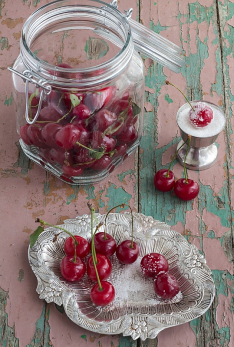 cherries cropped