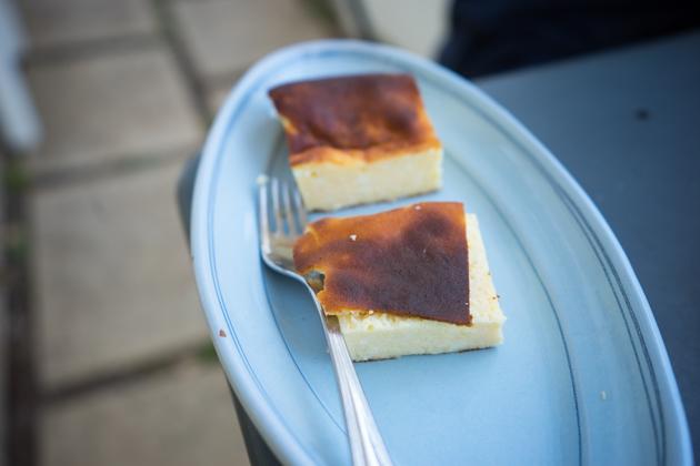 PIZZA DI RICOTTA(乳清奶酪布丁,以柠檬调味)