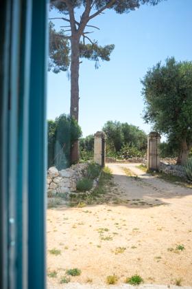 MASSERIA SERRA DELL'ISOLA的入口